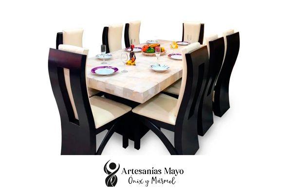 comedor de ónix y madera de 8 sillas