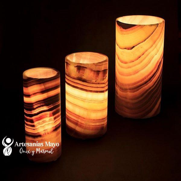 lámpara de ónix cilíndrica